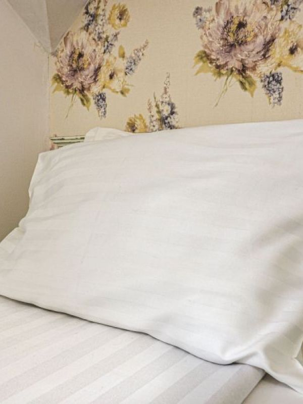 Bia Art Textil - Perne albe clasice