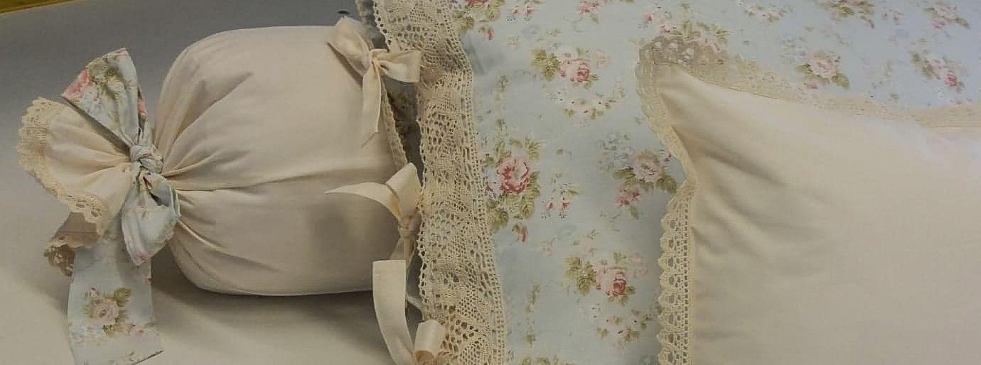 Bia Art Textil - pernițe decorative cu dantelă